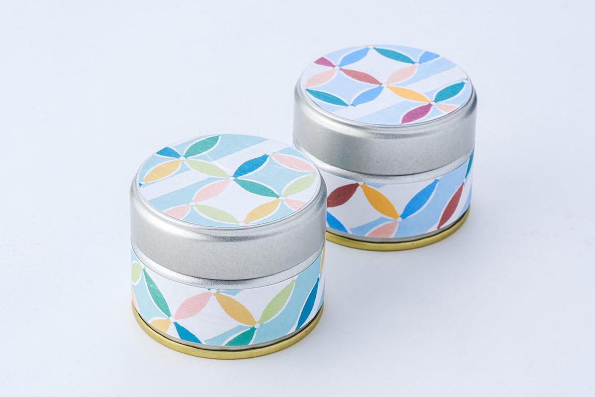 取り寄せの品⑤ 丸久小山園 のお抹茶「初の森」型染茶缶