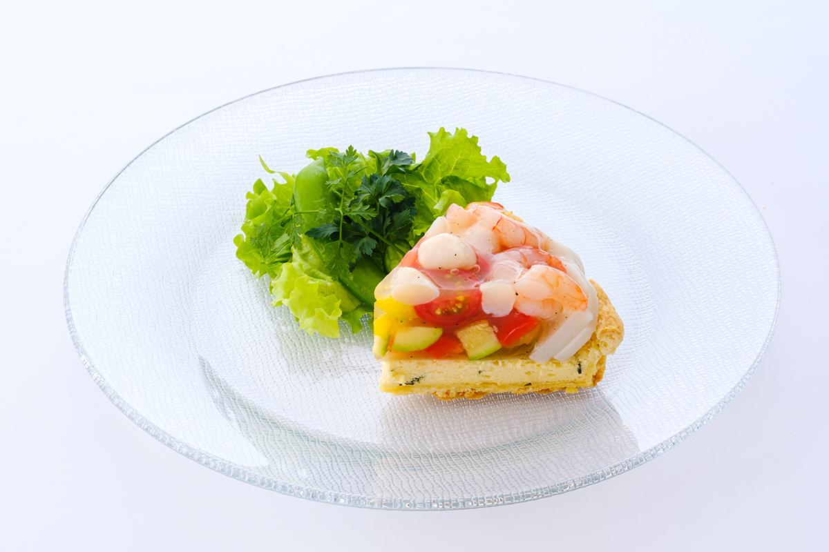 ごろごろ夏野菜とかまぼこの「彩りお食事タルト」汐風カフェ夏限定メニュー